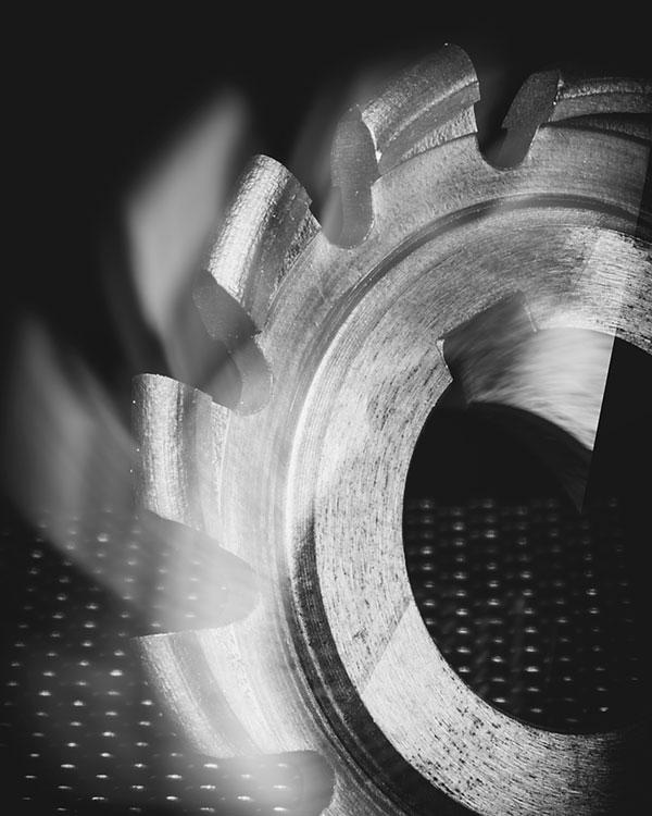 Progettazione e costruzione utensili speciali in HSS e METALLO DURO INTEGRALE